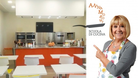 Arca Cucine Italia - Cucina In Acciaio Inox - Anna Moroni - Anna-moroni