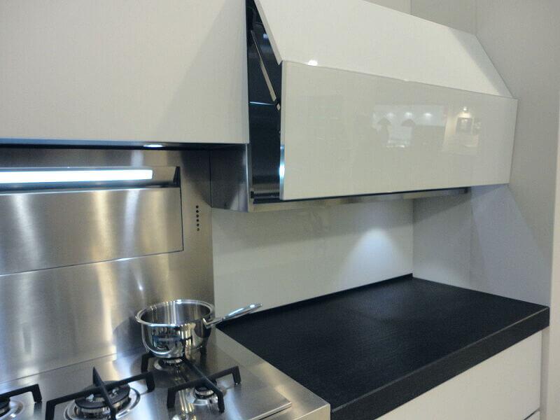 Arca Cucine Italia Cucine Domestiche Acciaio Inox Accessori Anta A Soffietto Con Apertura Automatica 3 022