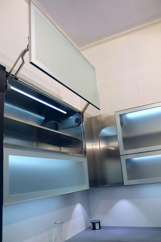 Arca Cucine Italia Cucine Domestiche Acciaio Inox Accessori Anta Ad Apertura Verticale Automatica 5 077_1