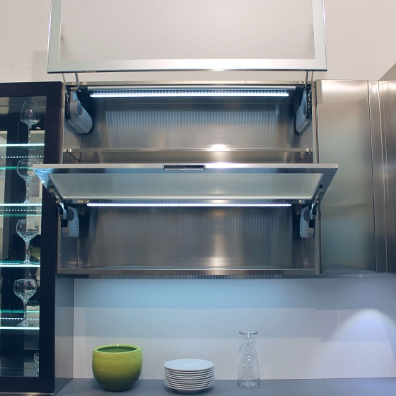Arca Cucine Italia - Cucine Domestiche Acciaio Inox - Accessori - Anta Ad Apertura Verticale Automatica 9 + Anta A Ribalta 073