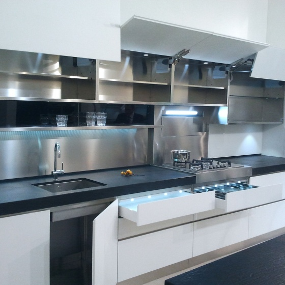 Arca Cucine Italy - Domestic stainless steel kitchens - Accessories - Lift Openings Doors And Drawers Led Lighting 026