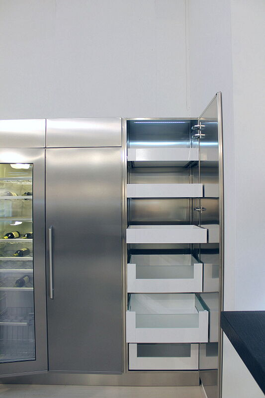 Arca Cucine Italia Cucine Domestiche Acciaio Inox Accessori Armadio Con Cassetti Interni Frontale Legno Vetro Satinato 6 065