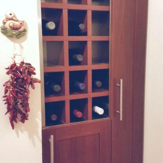 Arca Cucine Italia - Cucine Domestiche Acciaio Inox - Accessori - Cantinetta Porta Bottiglie Interno In Accaio Esterno In Legno