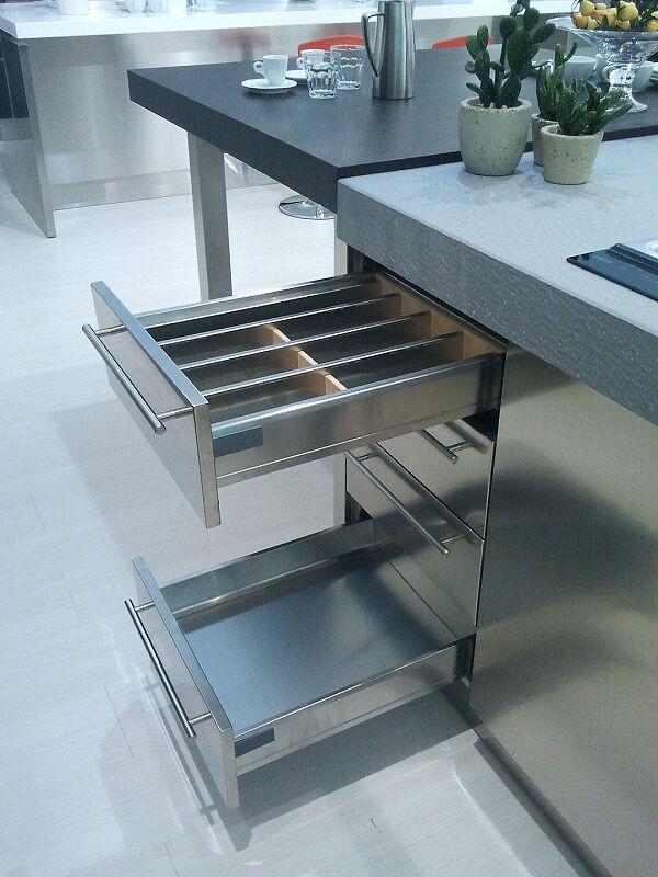 Arca Cucine Italia Cucine Domestiche Acciaio Inox Accessori Cassetti 022_1