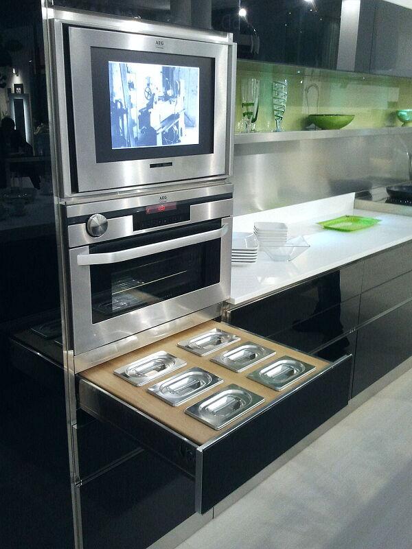 Arca Cucine Italia Cucine Domestiche Acciaio Inox Accessori Cassetto In Massello Di Faggio Con Contieni Condimenti 021_1
