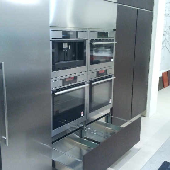 Arca Cucine Italy - Domestic stainless steel kitchens - Accessories - Telescopic Door Chest 020