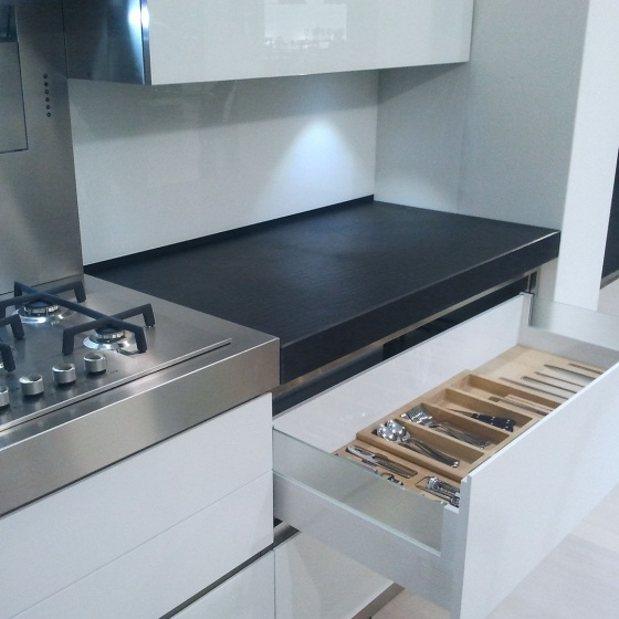 Arca Cucine Italy - Domestic stainless steel kitchens - Accessories - Chest Of Drawers With Wooden Inner Subdivision 019