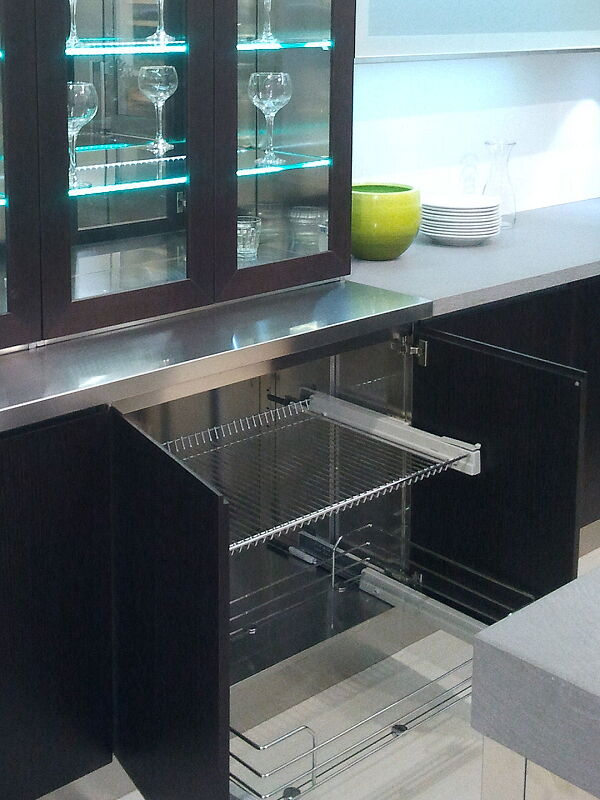 Ark Kitchens Italian Kitchens Milf Stainless Steel Accessories Baskets Interior With Removable Fund Shelf O In plated steel wire and closure Cushioned 018