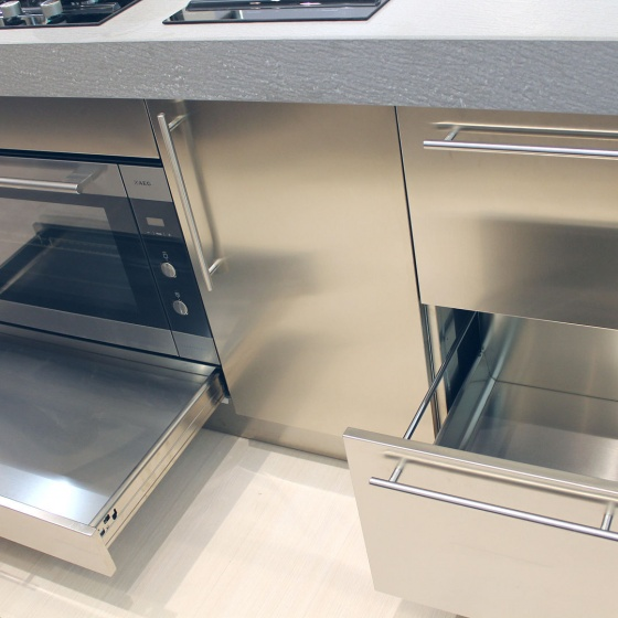 Arca Cucine Italy - Domestic stainless steel kitchens - Accessories - Total litter bin For Extraction + Under Drawer Oven 050