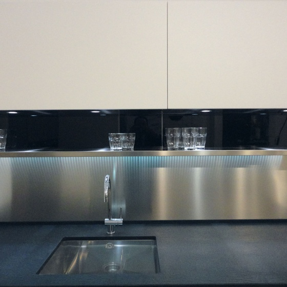 Arca Cucine Italy - Domestic stainless steel kitchens - Accessories - Shelf Led Lighting 008