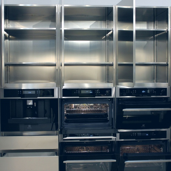 Arca Cucine Italy - Domestic stainless steel kitchens - Accessories - Fully Stainless Interior 032