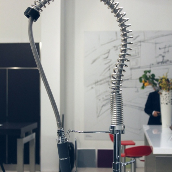 Arca Cucine Italy - Domestic stainless steel kitchens - Accessories - Professional Sink Mixer With Extractable Shower 2 025