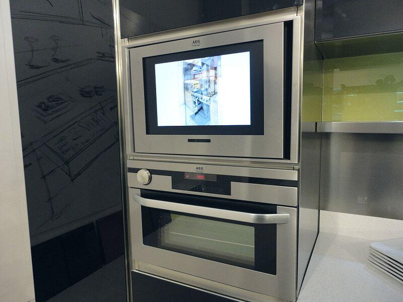 Arca Cucine Italia Cucine Domestiche Acciaio Inox Accessori Schermo Tv Integrato 004