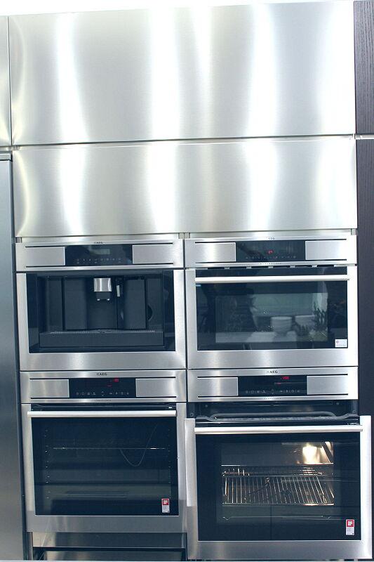 Ark Kitchens Italian Kitchens Milf Stainless Steel Black Barn 1735 116
