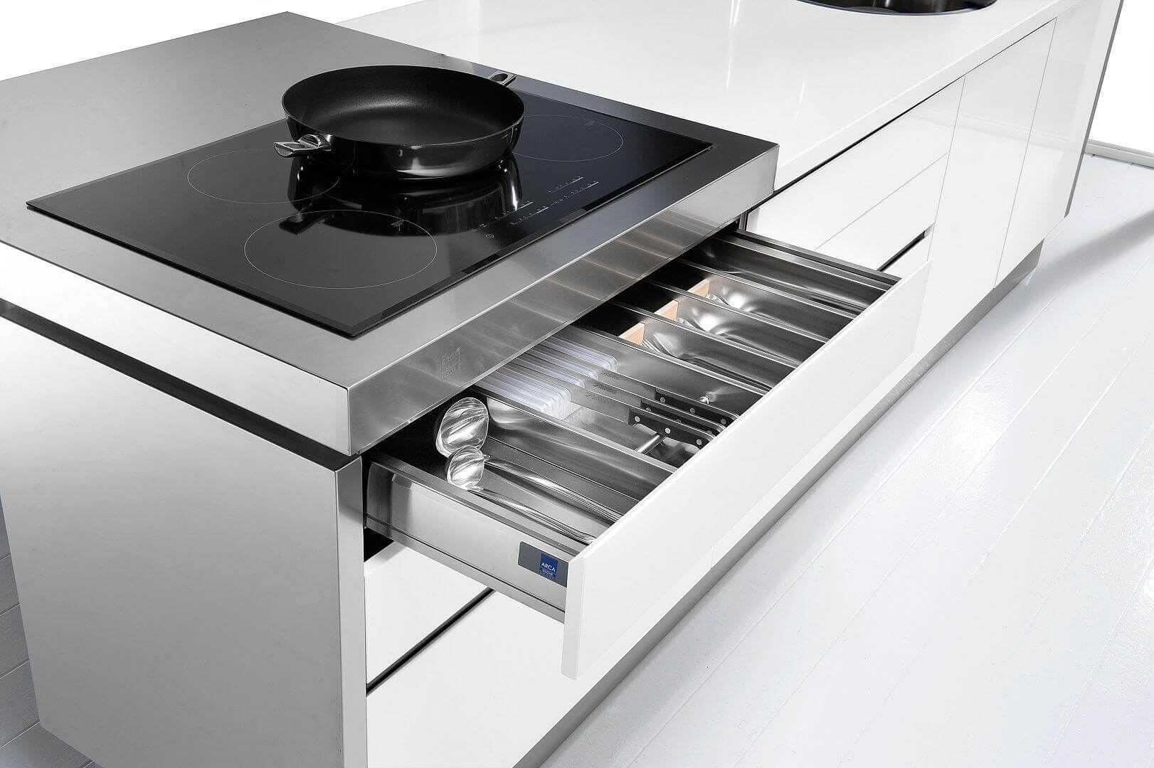 Arca Cucine Italy - Cutlery drawer port with dividers made of stainless steel, LED lighting and locking Braking