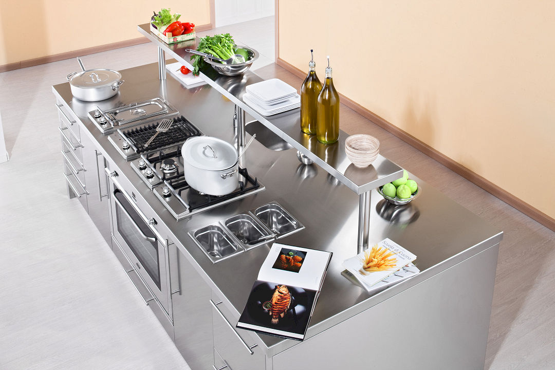 Arca Cucine Italy - Domestic stainless steel kitchens - Workstation - Piano Island