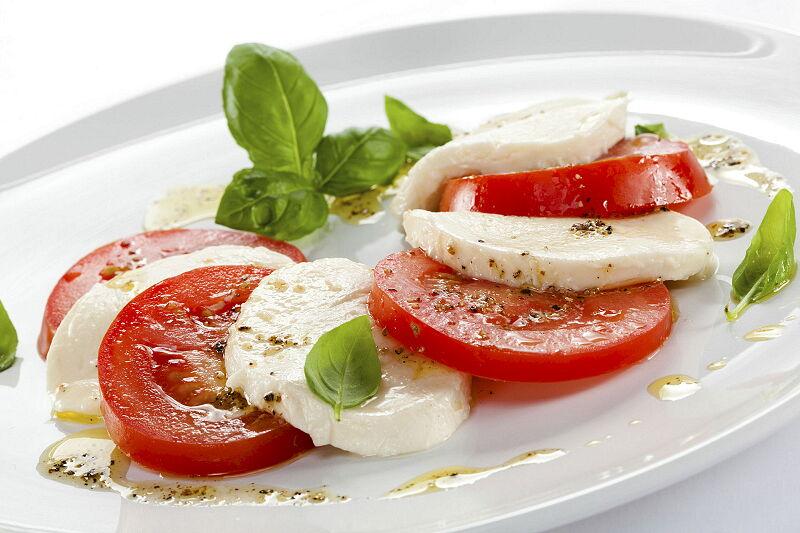 Arca Italian Kitchen Stainless Steel Kitchen Milf Opera caprese salad 1920