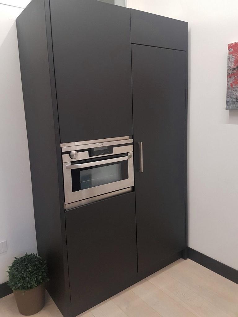 Arca Cucine Italia Cucine Domestiche Acciaio Inox Realizzazioni Cucina Inox Con Ante Laccate Antracite 005