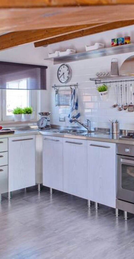 Arca Cucine Italy - Domestic stainless steel kitchens - Tailored