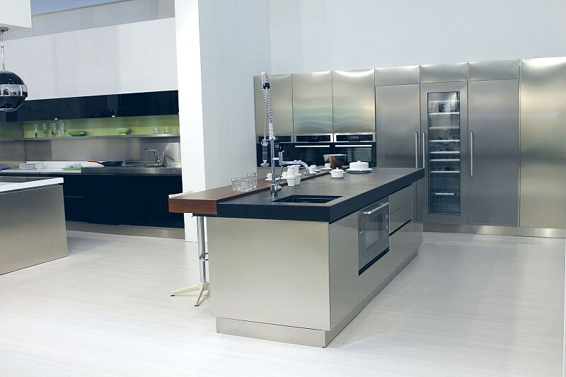 Ark Kitchens Italian Kitchens Milf Stainless Steel Trend Glass 1600 209