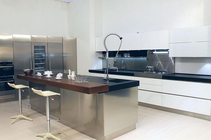 Arca Cucine Italia Cucine Domestiche Acciaio Inox Trend Vetro 1606 205