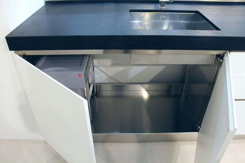 Ark Kitchens Italian Kitchens Milf Stainless Steel Trend Glass 1815 064