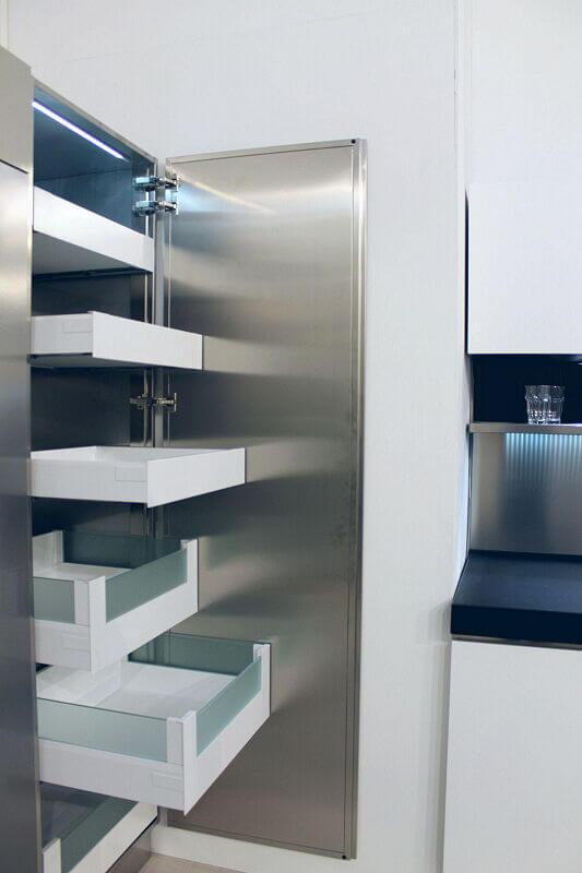 Ark Kitchens Italian Kitchens Milf Stainless Steel Trend Glass 1817 062