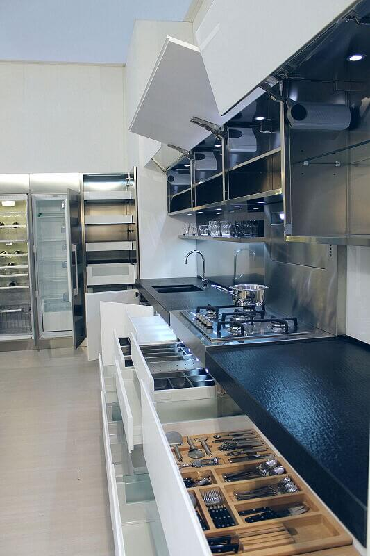 Ark Kitchens Italian Kitchens Milf Stainless Steel Trend Glass 1889 003