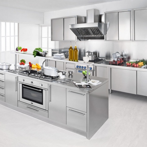 Arca Cucine Italy - Domestic stainless steel kitchens - Workstation - Isola + Great leader