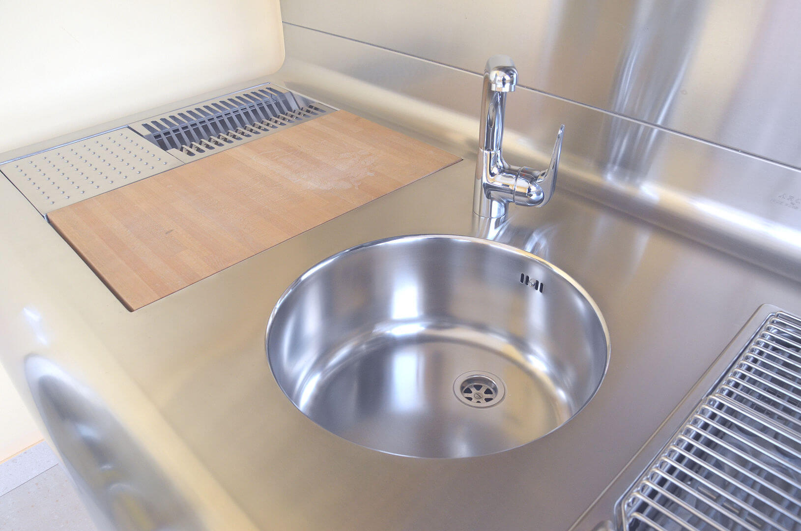 Arca Cucine Italy - Domestic stainless steel kitchens - Yacth - Sink