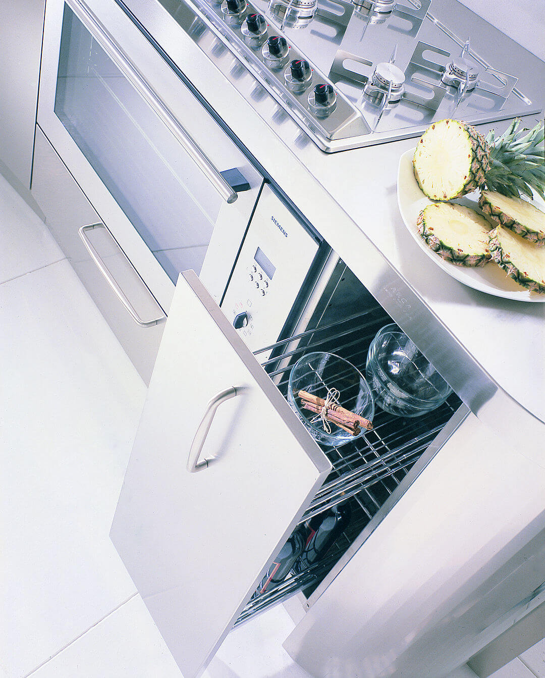 Arca Cucine Italia - Cucina Domestica in Acciaio Inox e Vetro - Wagon - Colonnina Spezie