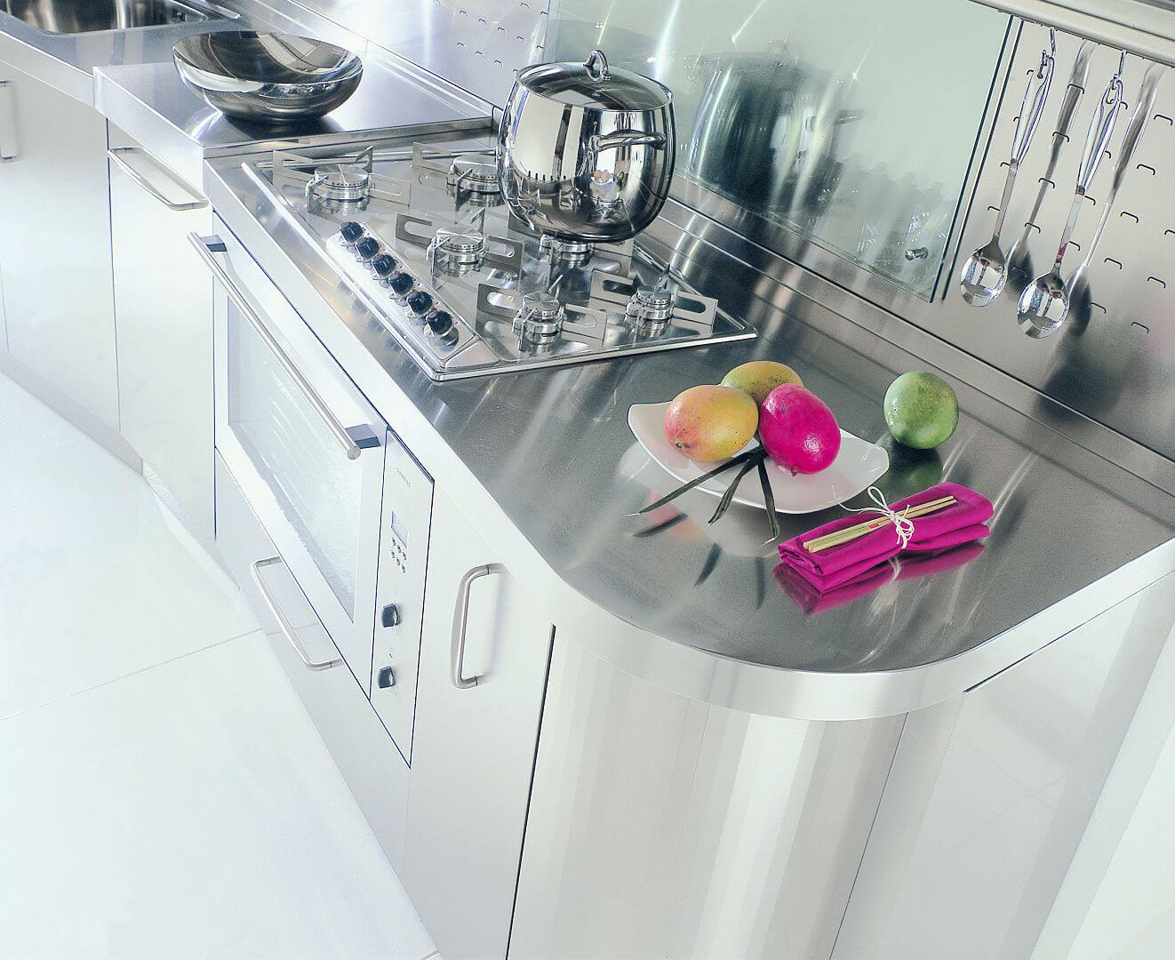 Arca Cucine Italia - Cucina Domestica in Acciaio Inox e Vetro - Wagon - Cottura