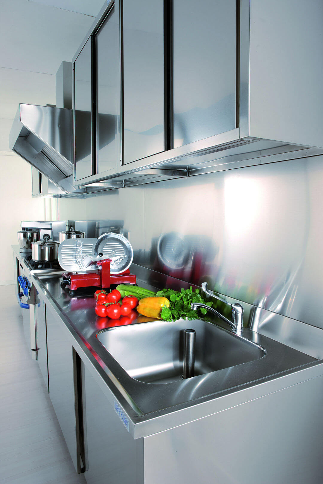 Arca Cucine Italy - Domestic stainless steel kitchens - 12 - Grand Gourmet Chef - Induction and Wall Units