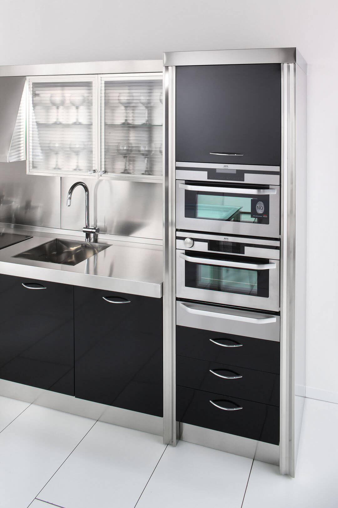 Arca Cucine Italy - Domestic stainless steel kitchens - 15 - Essex - ovens