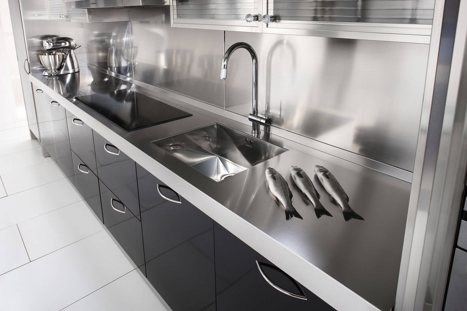 Arca Cucine Italy - Domestic stainless steel kitchens - 15 - Essex - Top Cooking Washing