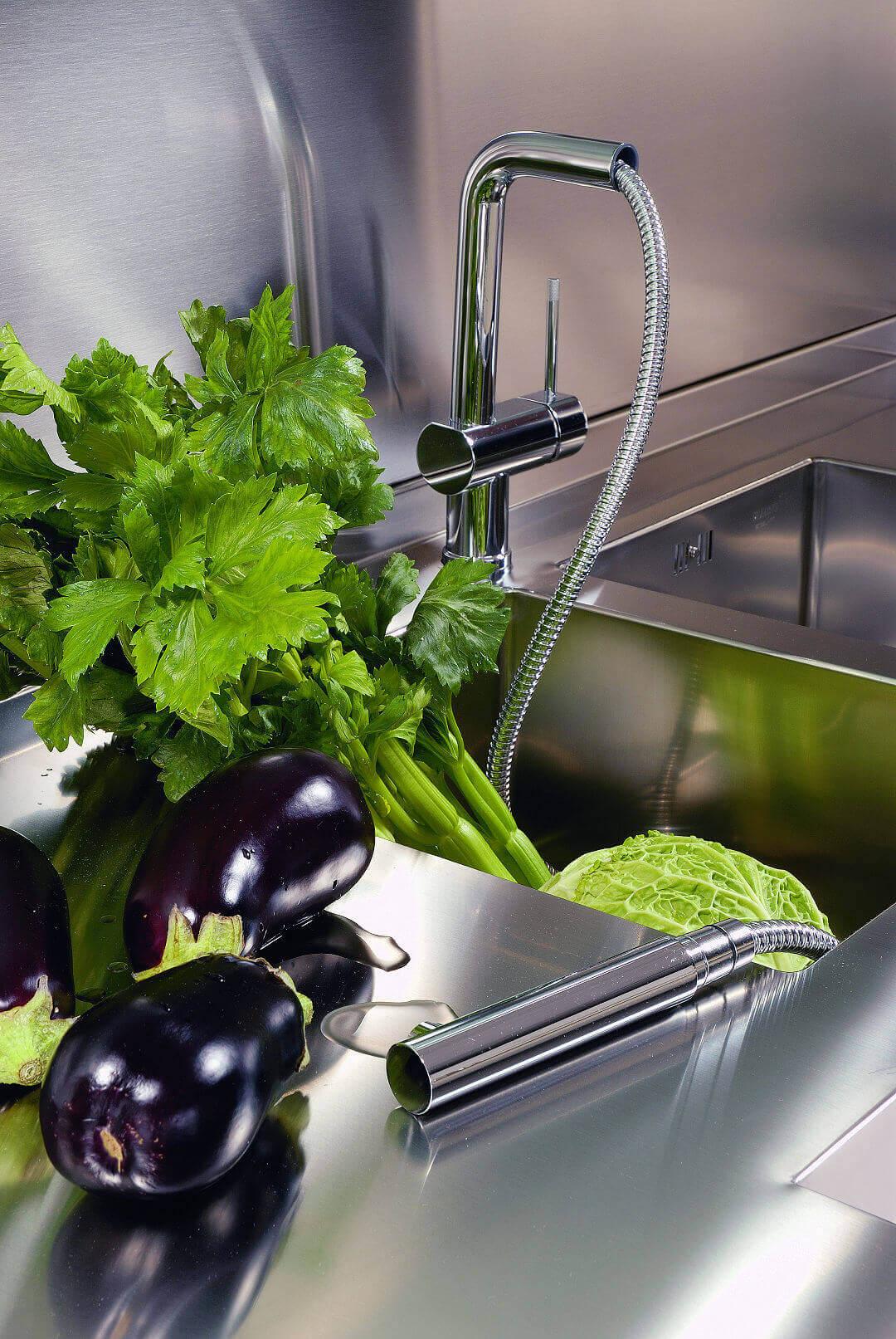 Arca Cucine Italy - Domestic stainless steel kitchens - 20 - Retunne - Sink