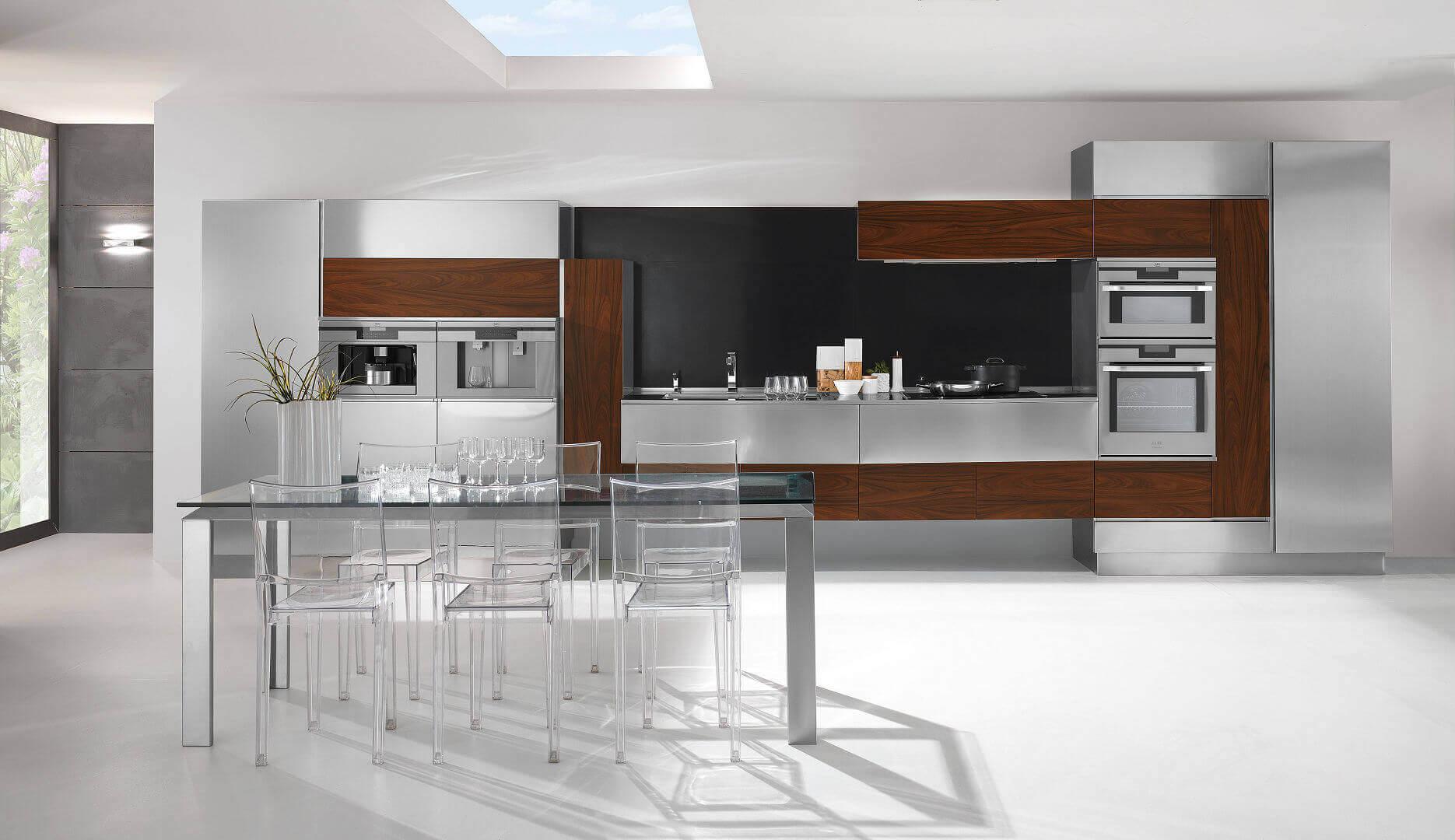 Mobili per cucina acciaio design casa creativa e mobili ispiratori - Cucine moderne colorate ...