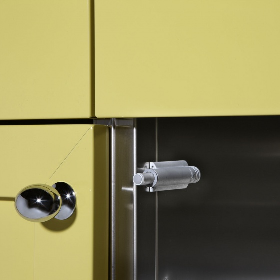 Arca Cucine Italy - Domestic stainless steel kitchens - Cushioned Door Closure