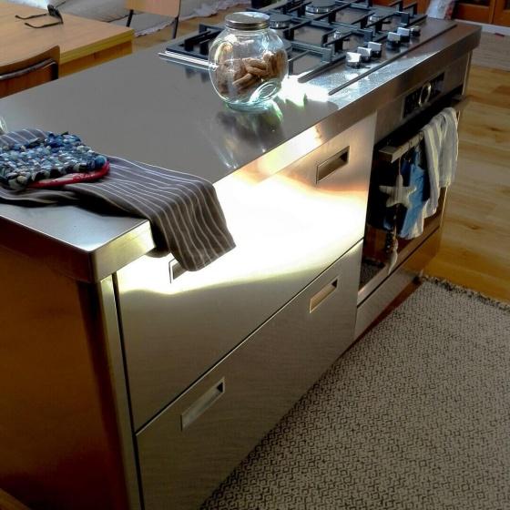 Monoblocco Inox Modello Levanto con Forno e Cassettoni